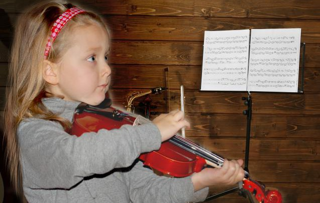 Ребёнок-музыка-и-скрипка–нужно-или-нет